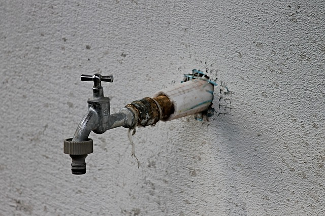 faucet-2750106_640