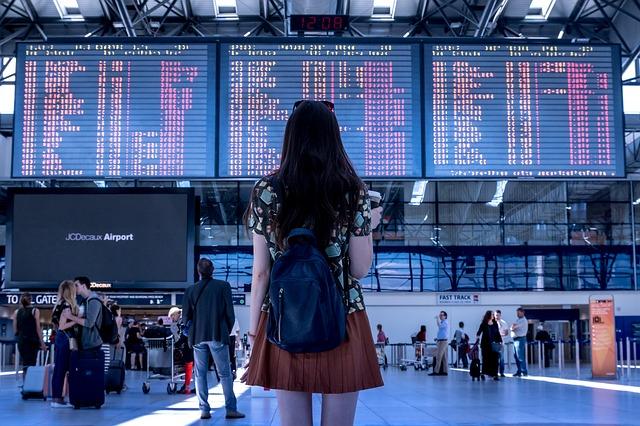 Cestovanie lietadlom, autom alebo autobusom?