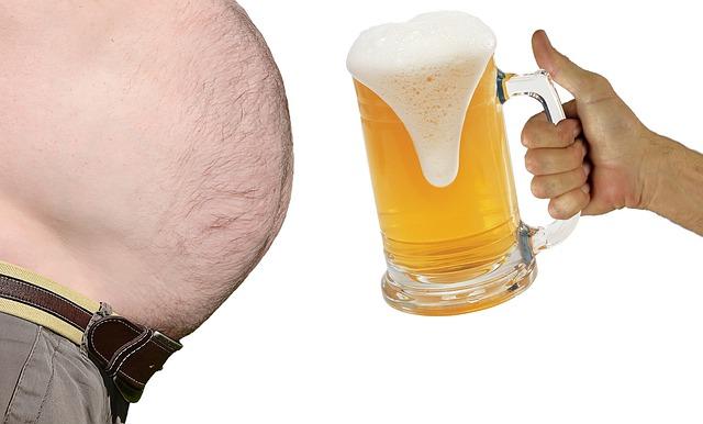 Je potrebné jesť, ale neprejedať sa. Pozor na zvýšenú váhu a možný vznik obezity