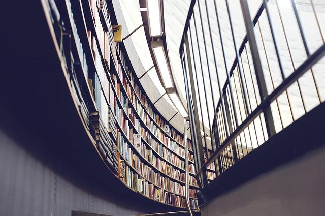 vzdelanie knižnica univerzita.jpg
