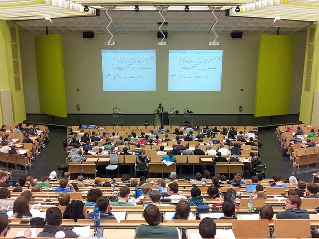 prednáška univerzita študenti.jpg