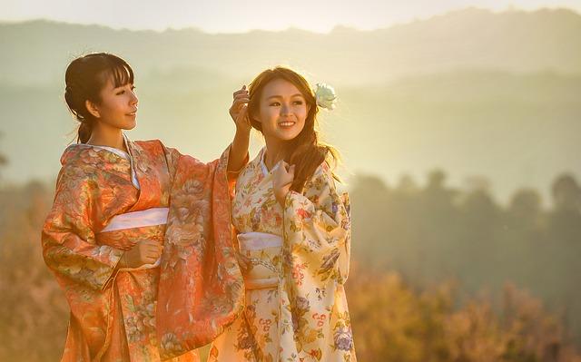 kimono, ženy, príroda.jpg