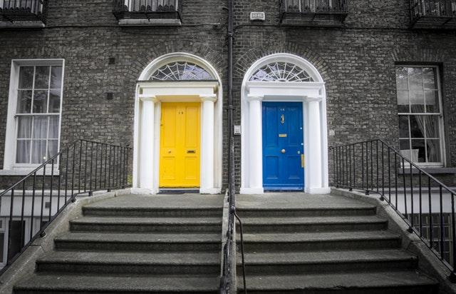 farebné dvere.jpg