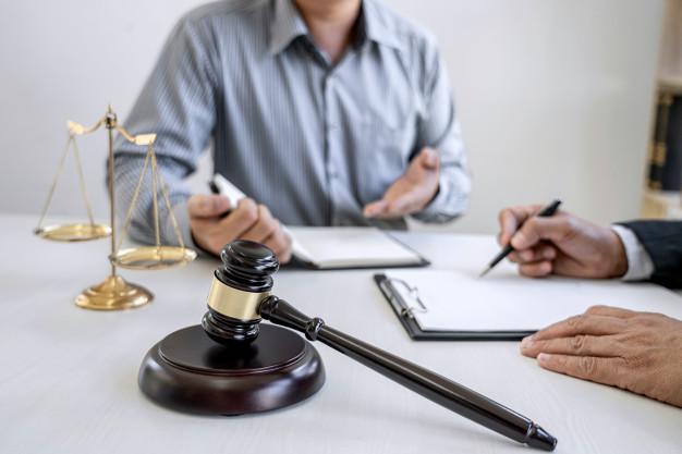 lawyer-professional-businessman-working_28283-1441
