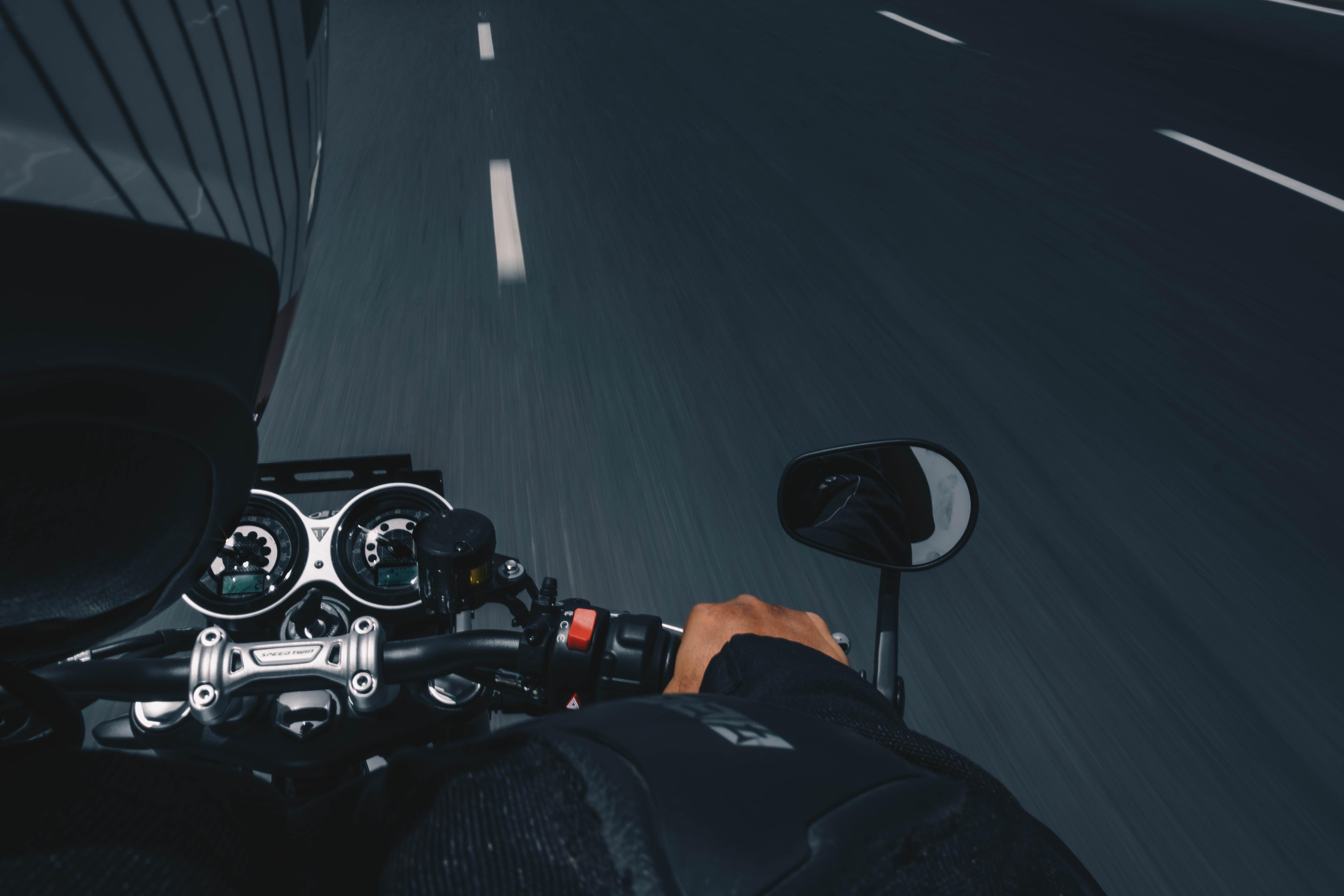 motorkár, cesta